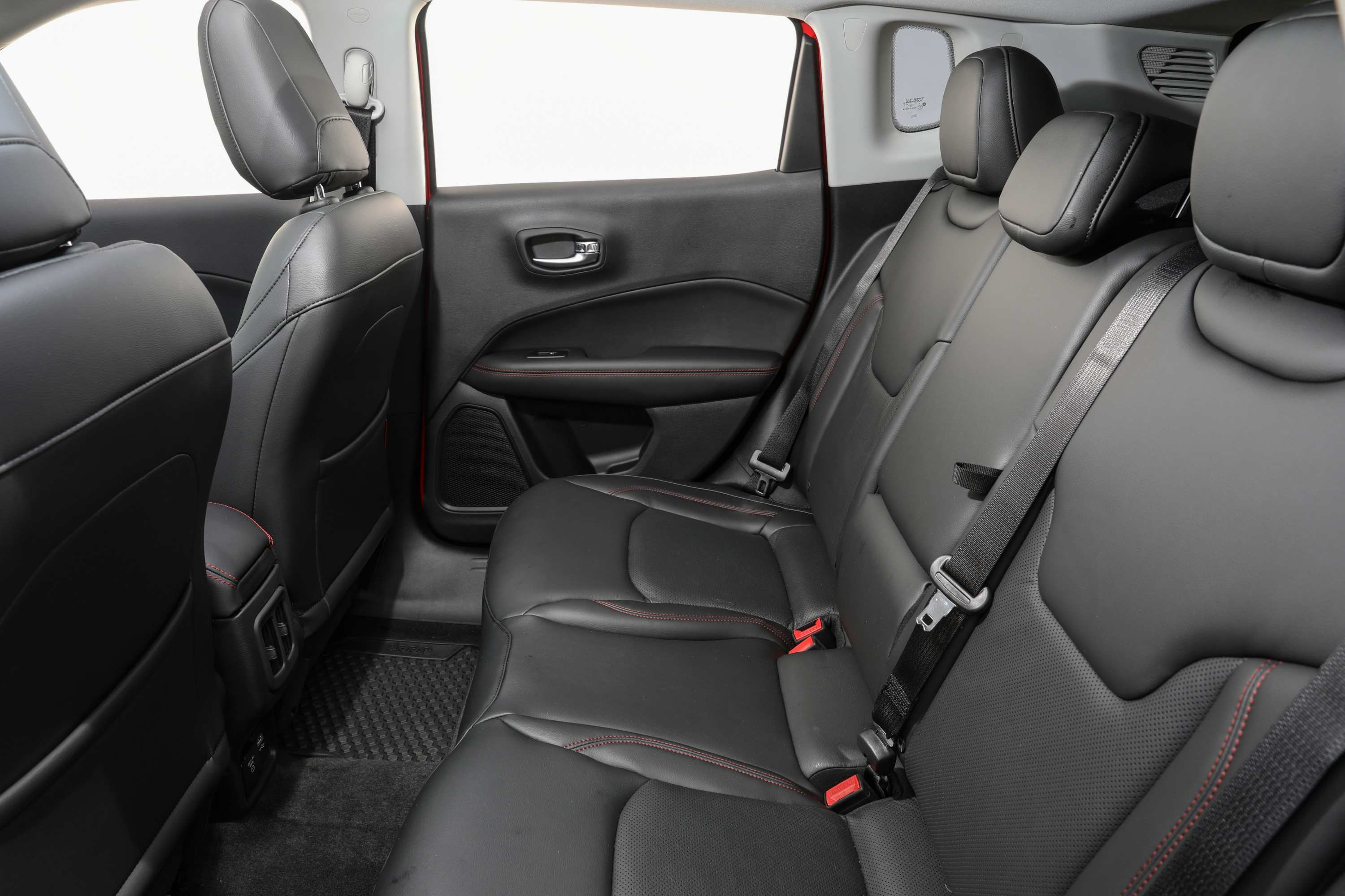 2020 Jeep Compass Trailhawk rear seats 2