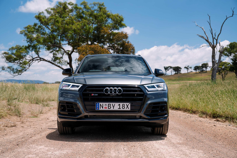Audi SQ5 TDI grill