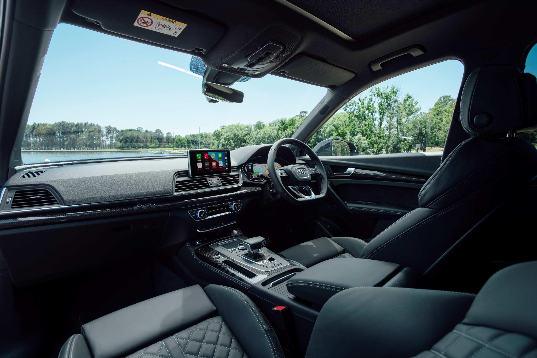 Audi SQ5 TDI interior 2