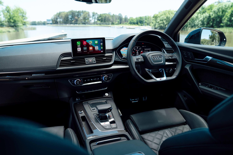 Audi SQ5 TDI interior