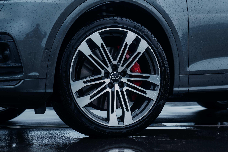Audi SQ5 TDI wheels tyres