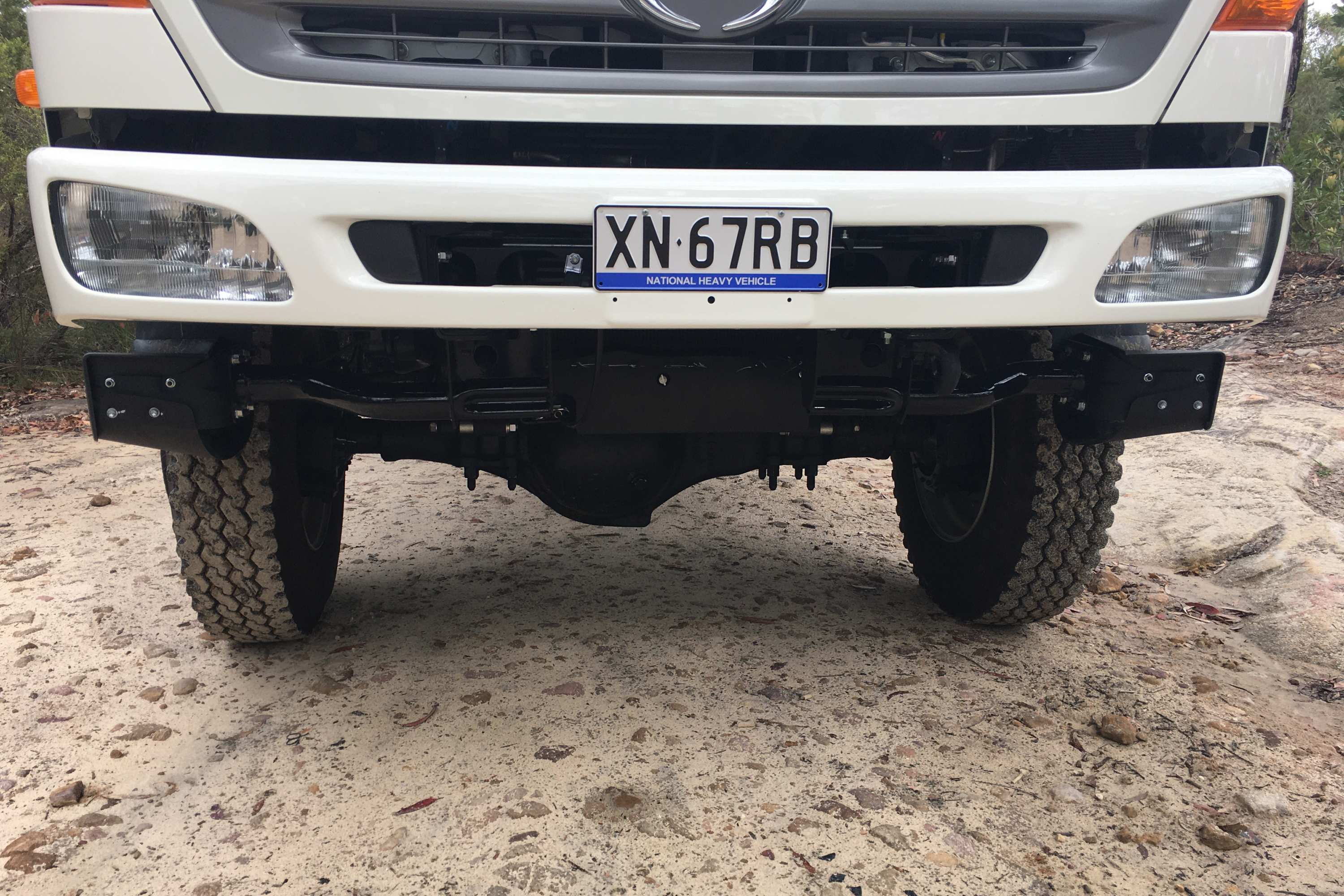 HINO 500 Series 1528 4X4 GT front