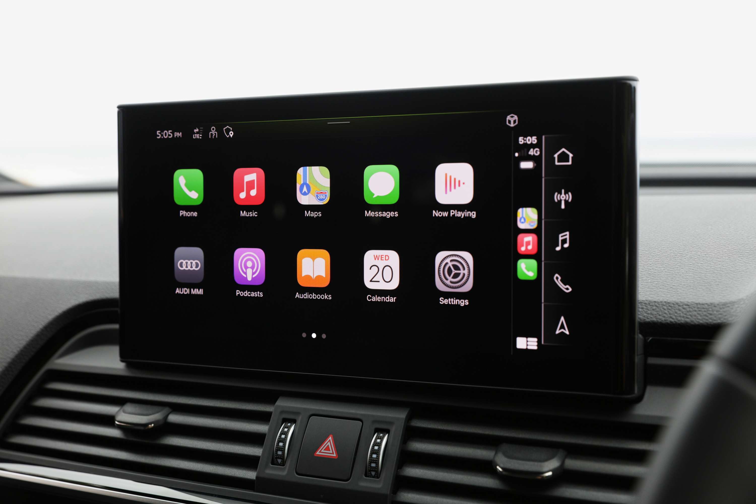 Audi Q5 2021 Apple Car Play