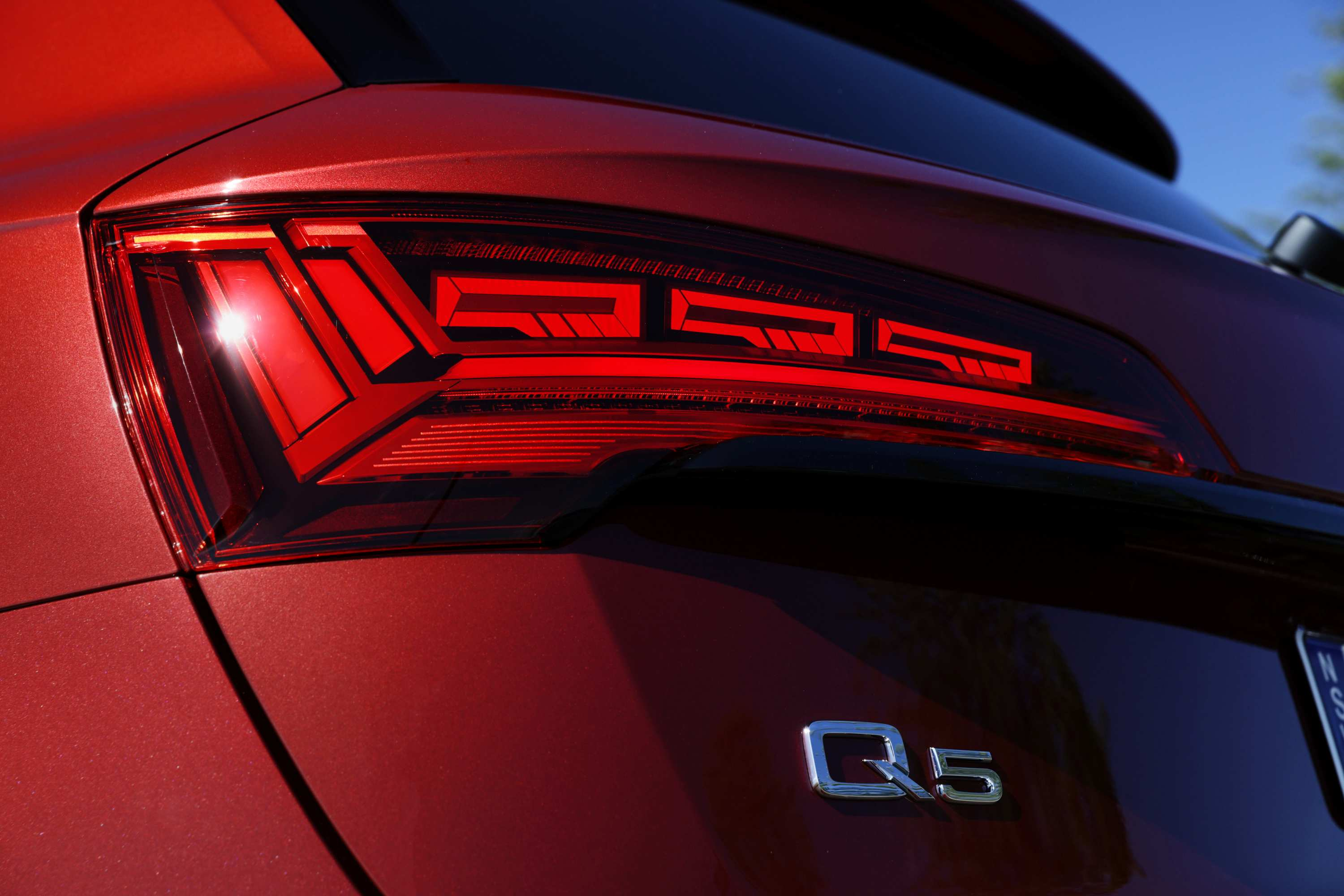 Audi Q5 2021 OLED Tail Lights