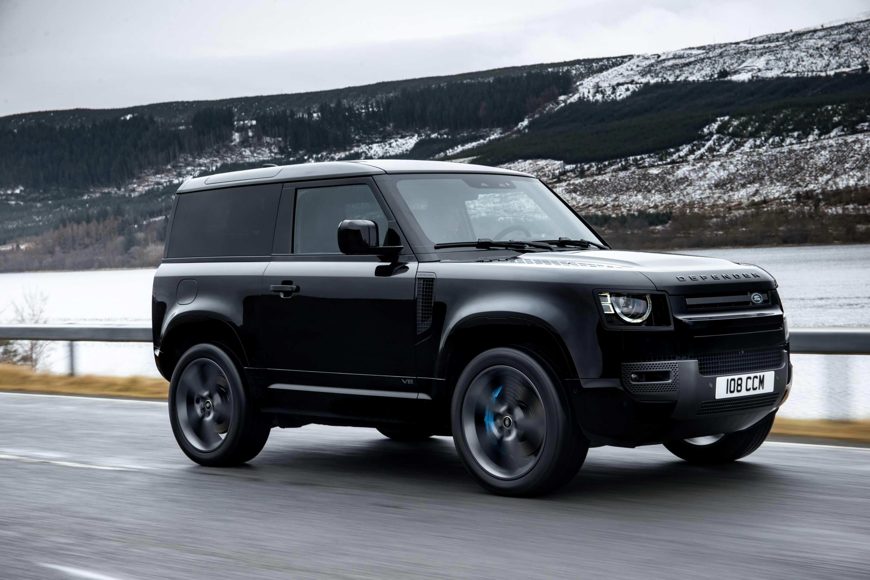 2021 Land Rover Defender V8 Driving 2