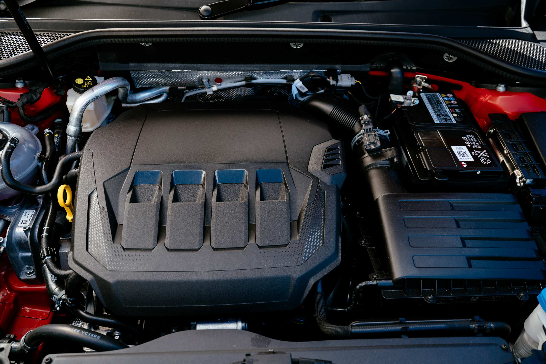 2021 AUDI Q2 40TFSI engine